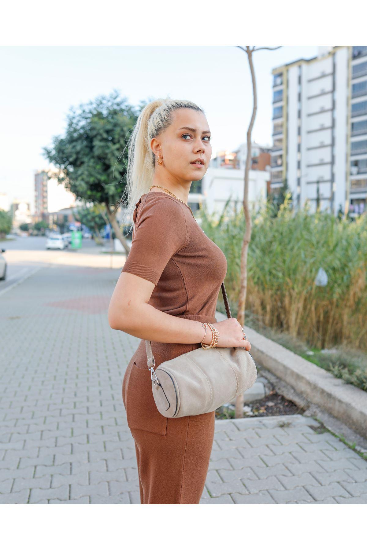 Çıtçıtlı Kısa Kol Kazak