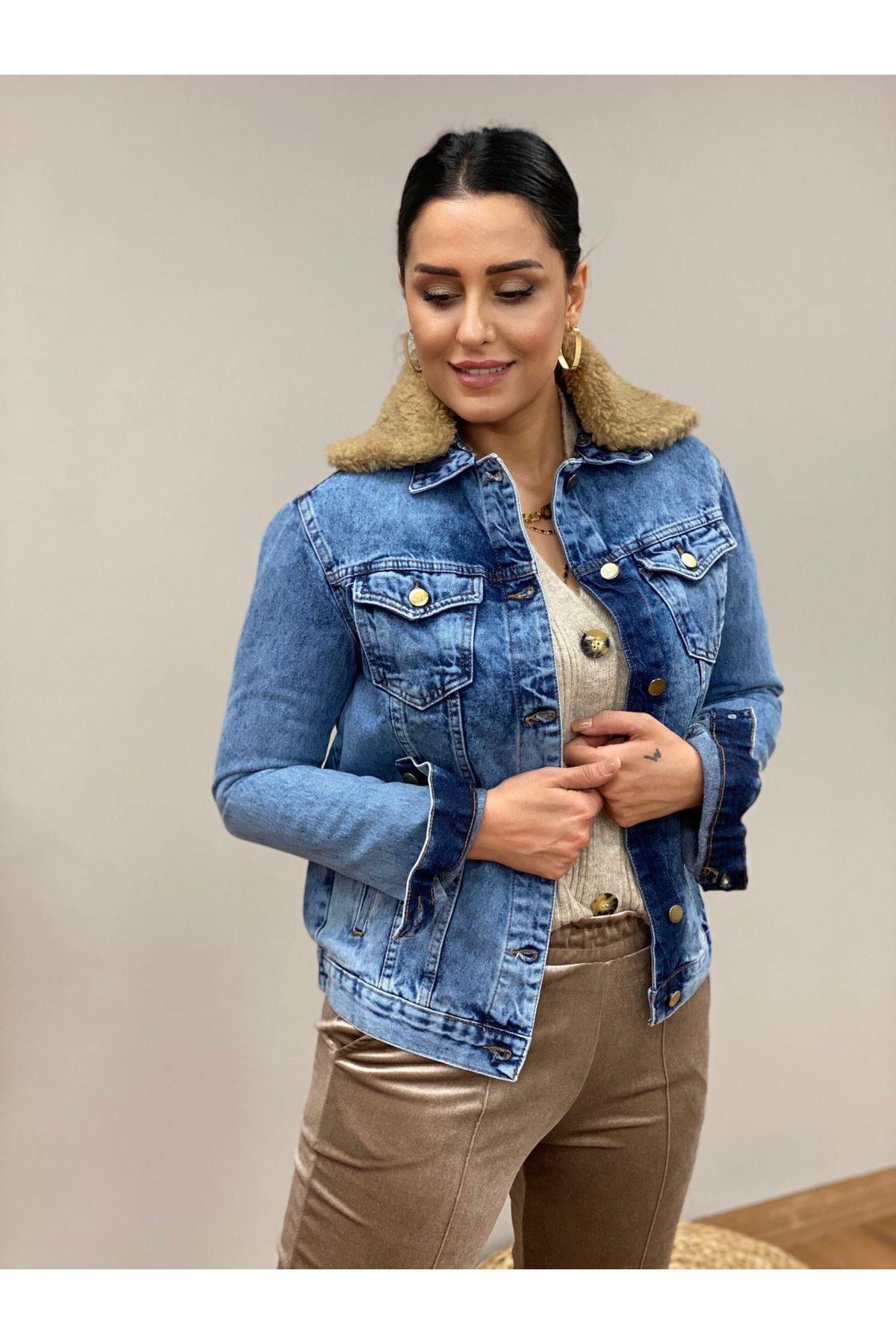 Yakası Kürk Detaylı Kot Ceket