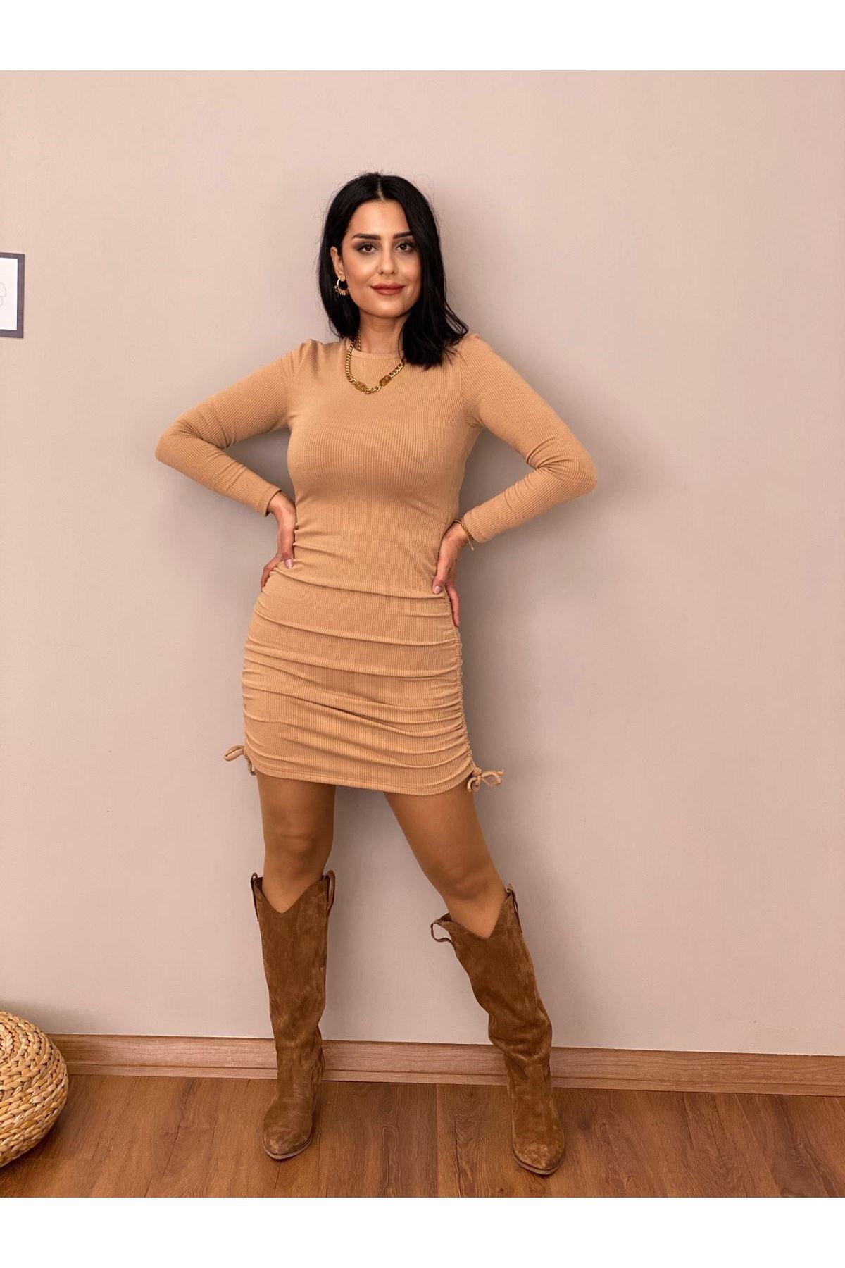 Bej Yanları Büzgülü Mini Elbise