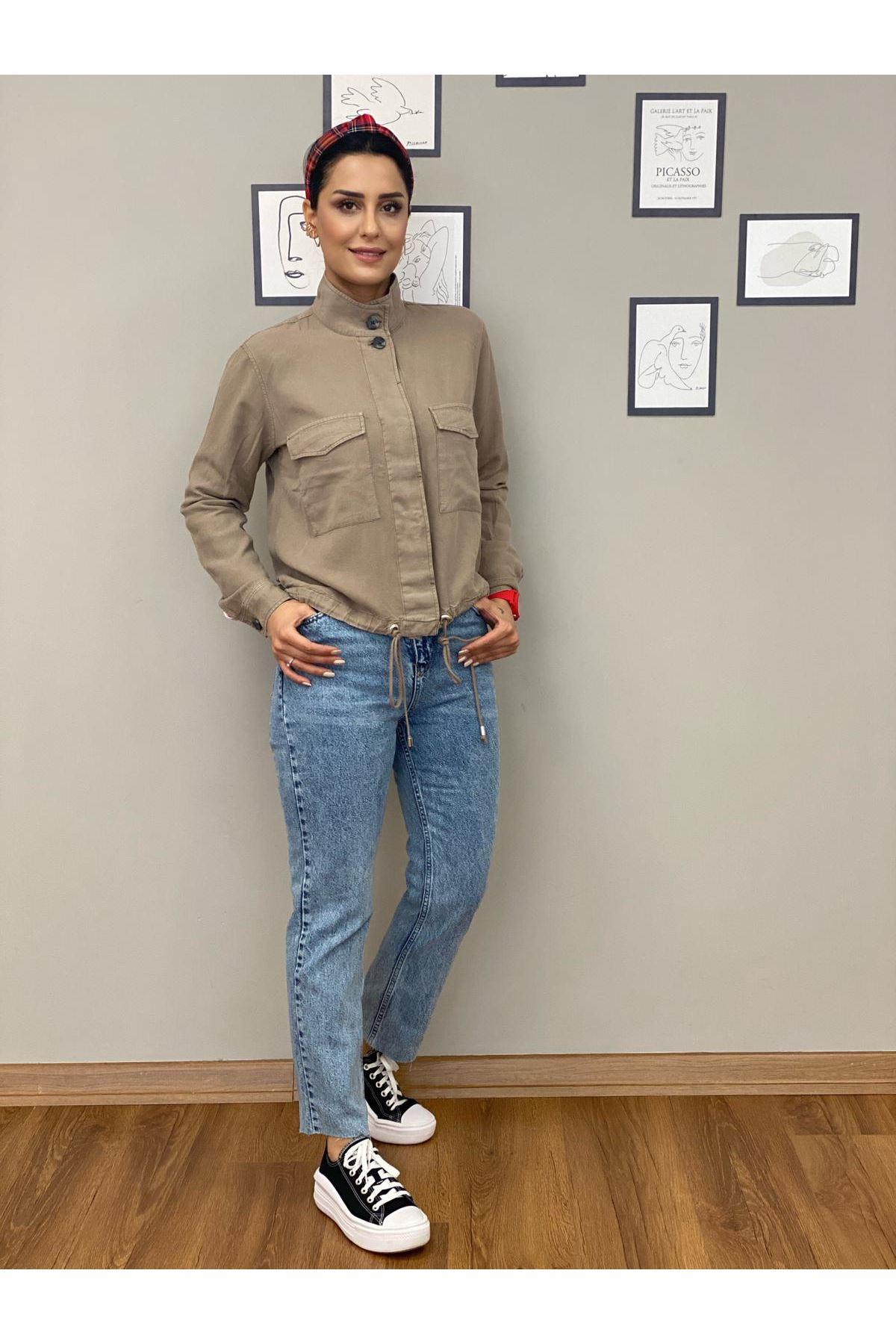 Yüksek Bel Paçası Kesik Jean