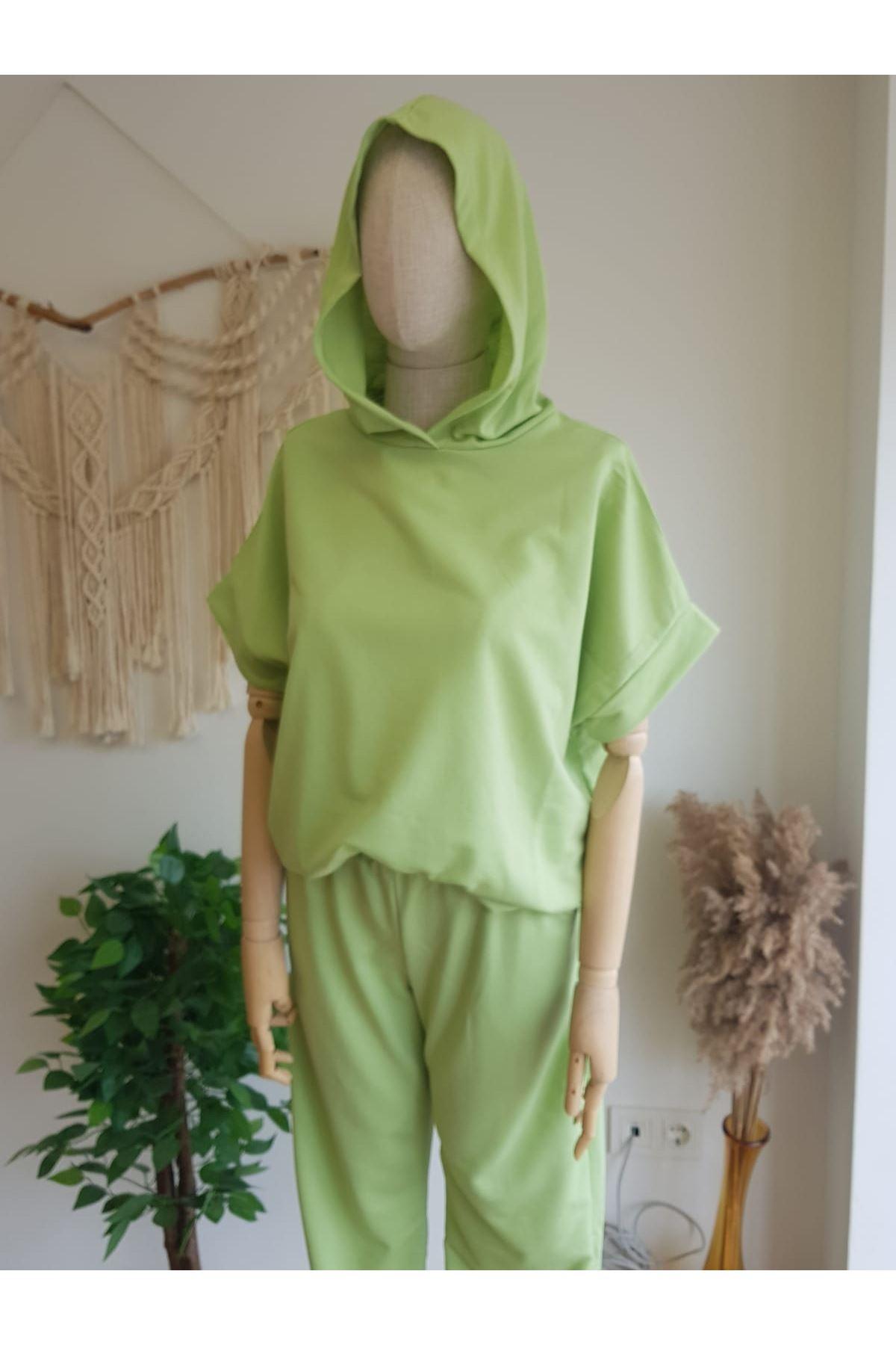 Fıstık Yeşil Eşofman Takımı