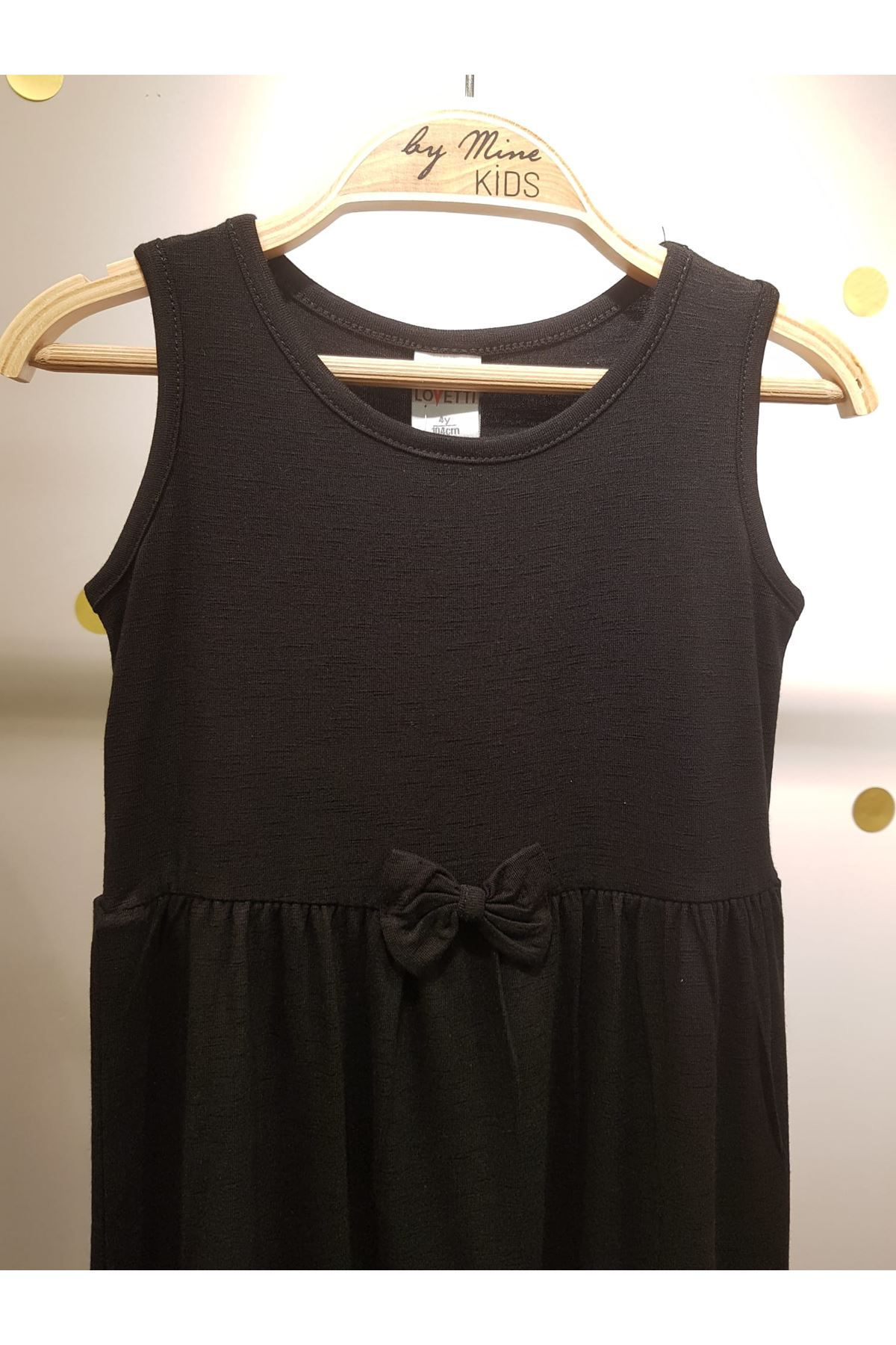 Siyah Pamuklu Fiyonk Detaylı Elbise