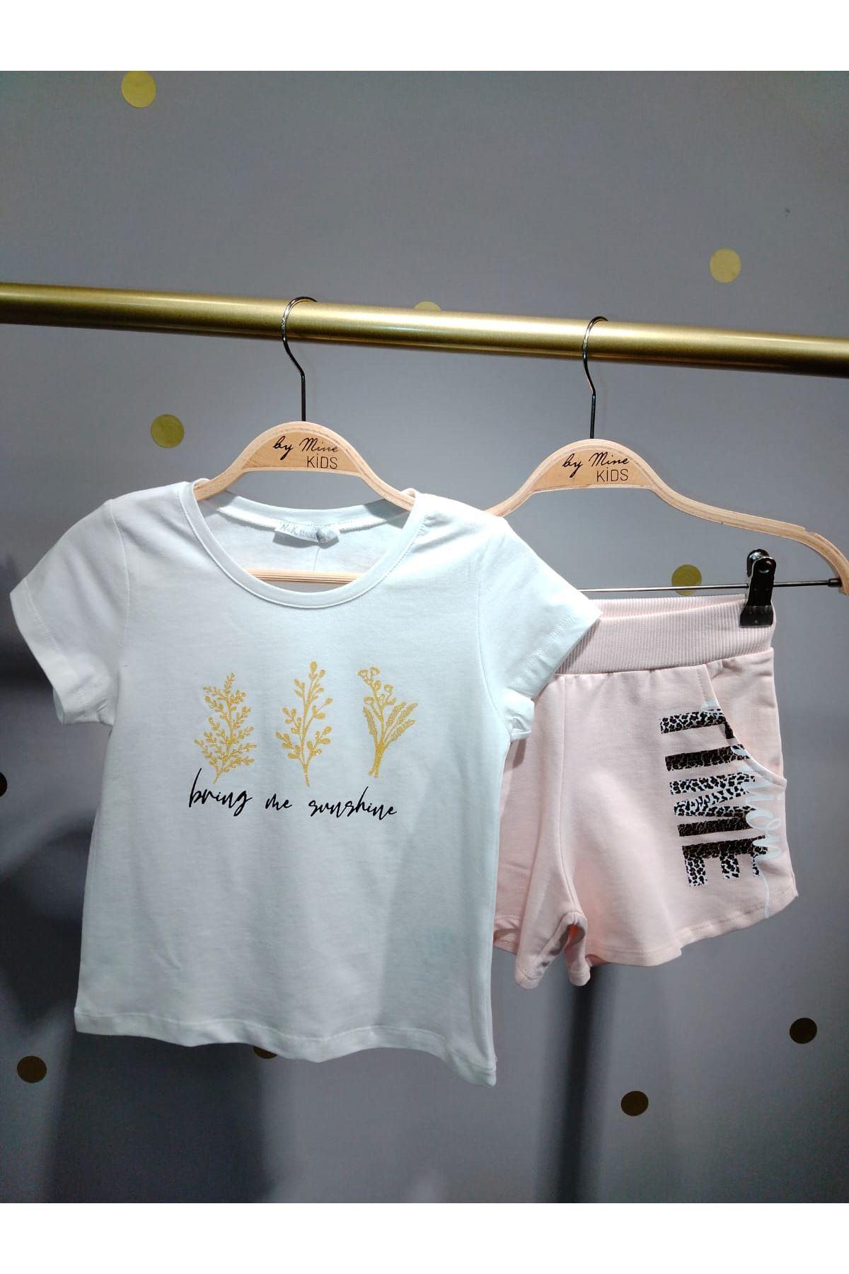Simli Yaprak Desenli T-shirt