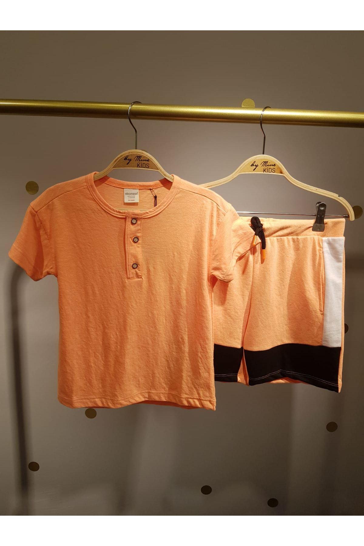 Neon Basic T-shirt